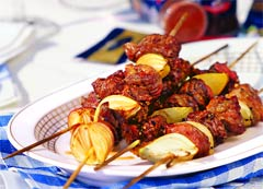 Индонезийский сатэй (Индонезийская кухня).