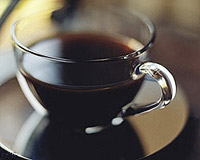 Кофе не вылечит от алкоголизма, но может спасти пьющих людей от цирроза печени.